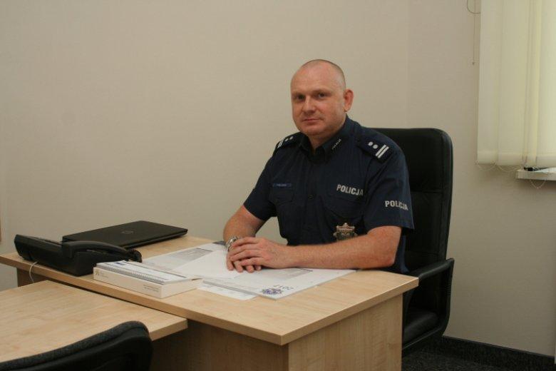 Zastępca komendanta policji w Bydgoszczy został odwołany, gdy okazało się, że udostępnia antypisowskie memey.
