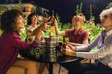 """""""Valeria"""" to świetna propozycja na (wirtualny) wieczór z przyjaciółkami"""