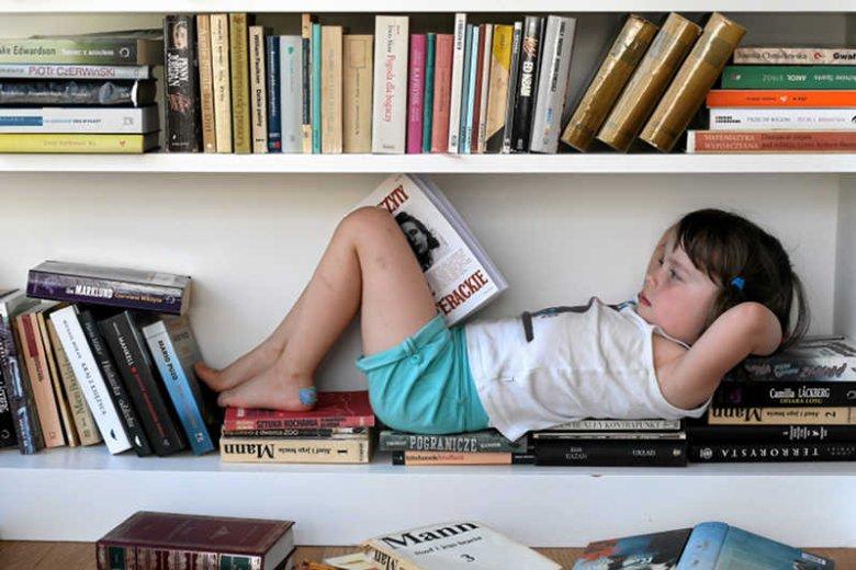 Żeby rodzic mógłnormalnie obcować z kulturą, czasem musi zostawić dziecko w domu. Albo zabrać je na specjalny spektakl