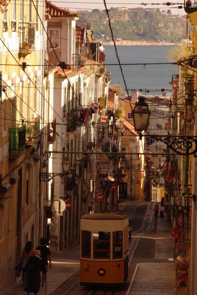 Rua da Bica, Lizbona. Zdjęcie: Krzysztof Gierak