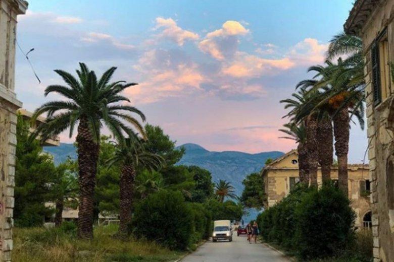 Kupari było jednym z najbardziej luksusowych miejsc w Chorwacji, dziś po dawnym blasku pozostało niewiele