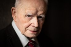 Prof. Adam Strzembosz twierdzi, iż Jarosława Kaczyński nie jest polskim inteligentem.