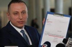 Poseł Krzysztof Brejza wciąż śledzi, ile zarabia firma kontrolowana przez kuzyna Jarosława Kaczyńskiego na umowach ze spółkami skarbu państwa.