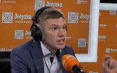 Dziennikarz radiowej Jedynki Krzysztof Świątek wytknął Robertowi Biedroniowi to, że nie chodzi do kościołą.