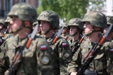 Studenci będą mogli przejść szkolenie wojskowe przygotowujące do uczestniczenia w działaniach bojowych. Oczywiście w razie potrzeby.