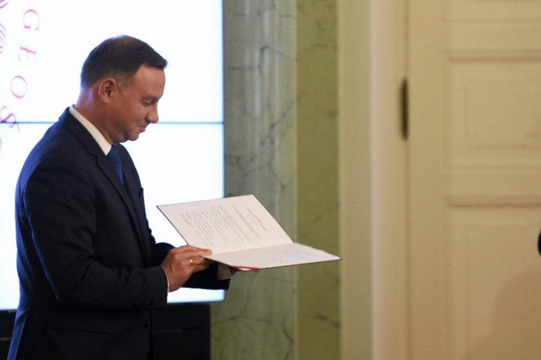 Jutro prezydent Andrzej Duda spotka się z przedstawicielami wszystkich partii obecnych w Sejmie i przedstawi swoje rozwiązania co do reformy sądownictwa. Opozycja ma konkretne propozycje.