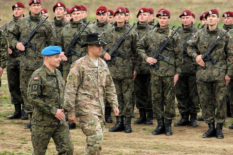 Płk Robert Orłowski nie jest już szef sztabu Wielonarodowej Dywizji Północ–Wschód w Elblągu.