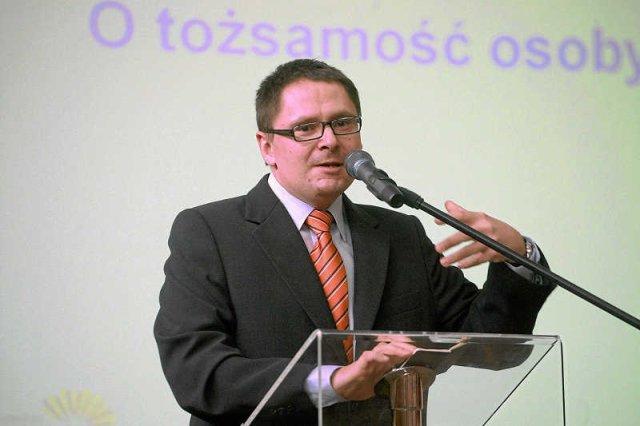 Książka Małgorzaty i Tomasza Terlikowskich to swoisty poradnik małżeński oparty o Pismo Święte.