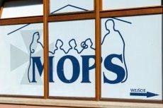 Terminy wpłacania świadczeń są realizowane przez MOPS w różnych terminach, ale zawsze musi to być przed końcem miesiąca.