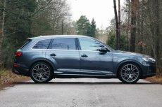 Audi Q7 to samochód osobowy typu SUV klasy wyższej produkowany przez niemiecką markę od 2005 roku. Jego najnowsza odsłona przeszła gruntowny lifting techniczny i wizualny