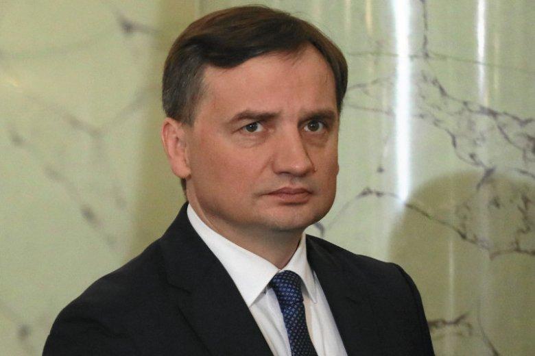 Rzecznik Ziobry chciał wyjaśnić, o co chodzi w pozywaniu profesów UJ. Wyszło bardzo źle.