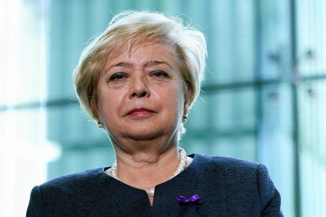Małgorzata Gersdorf kłamała, że nie chodziła ze świeczką w obronie sądów. Teraz próbuje się tłumaczyć.