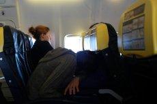 Długi lot samolotem sprzyja rozwojowi zakrzepicy.