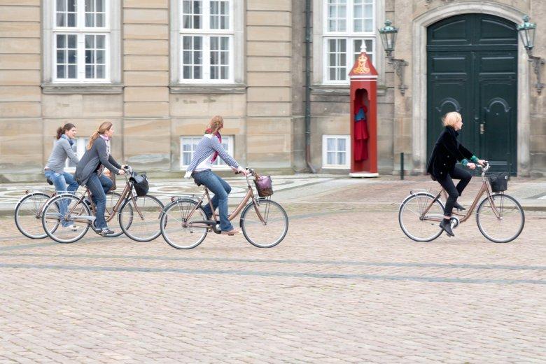 [url=http://shutr.bz/OR7nIT] Rowerzystki w Kopenhadze [/url]