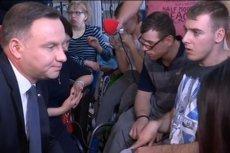 Andrzej Duda spotkał się z niepełnosprawnymi i ich opiekunkami w Sejmie.
