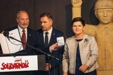 Antoni Macierewicz, Beata Szydło i Piotr Duda w sali BHP Stoczni Gdańskiej.