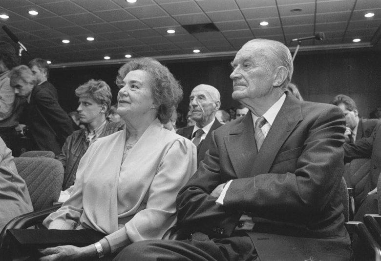 Piotr Jaroszewicz z żoną – zabił ich gang kareteków