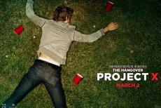 """Plakat reklamujący gigantyczną domówkę, czyli film """"Projekt X"""". W polskich kinach od 11 maja"""