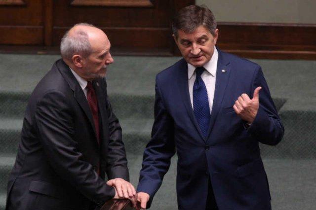 Tuż po próbie puczu Marszałek Sejmu Marek Kuchciński pojechałna urlop.
