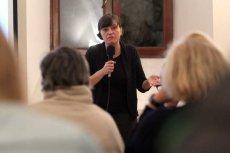 Ewa Stankiewicz przekonywała w lubelskim klasztorze dominikanów, że nie żyjemy w wolnym kraju.