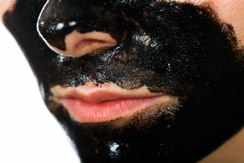 Polecam nałożyć cienką warstwę maski z węgla i żelatyny - szybciej wyschnie i będzie skuteczniejsza.