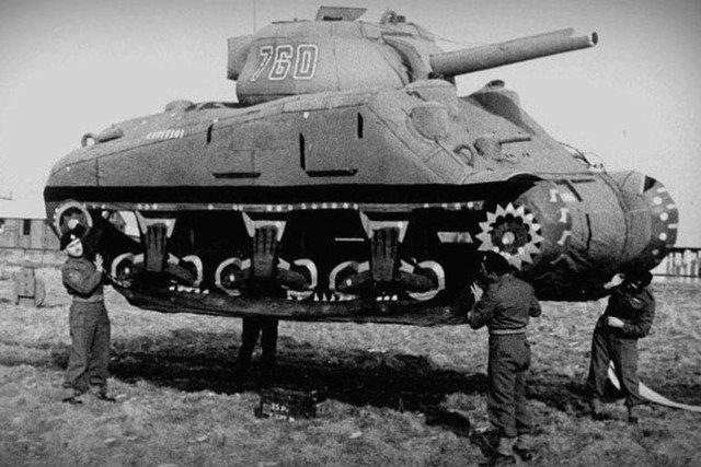 Makieta czołgu na froncie? To nie żart, tak walczyli Amerykanie!