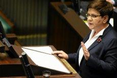 Premier Beata Szydło przemawia podczas sejmowej debaty nad wnioskiem opozycji o odwołanie szefa MON Antoniego Macierewicza