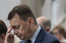 """Sondaż """"Rzeczpospolitej"""" pokazuje, ilu Polaków chce usunięcia Mariusza Błaszczaka z rządu."""
