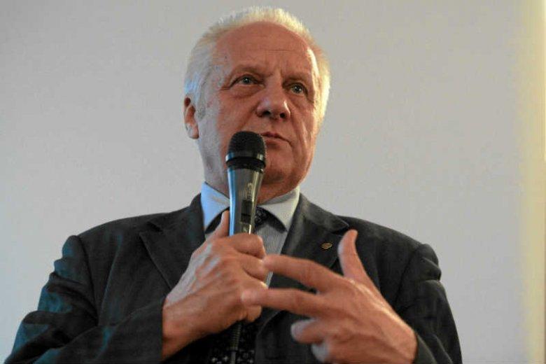 Stefan Niesiołowski ostro krytykuje walczących dotychczasowy status górnictwa w Polsce.