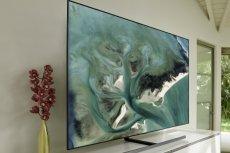 """Jak duży ekran wybrać? Teraz będziemy mogli zweryfikować swój wybór bez konsekwencji dzięki akcji Samsung """"Nie żałuj sobie wielkich emocji"""", w której można kupić telewizory o przekątnej 65 cali i więcej z przedłużonym okresem zwrotu"""