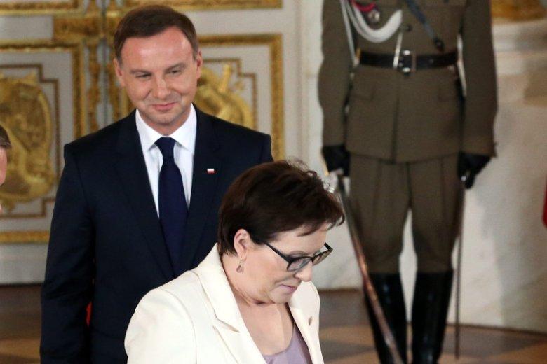 Premier Ewa Kopacz ma poważny problem z referendum zaproponowanym przez Andrzeja Dudę