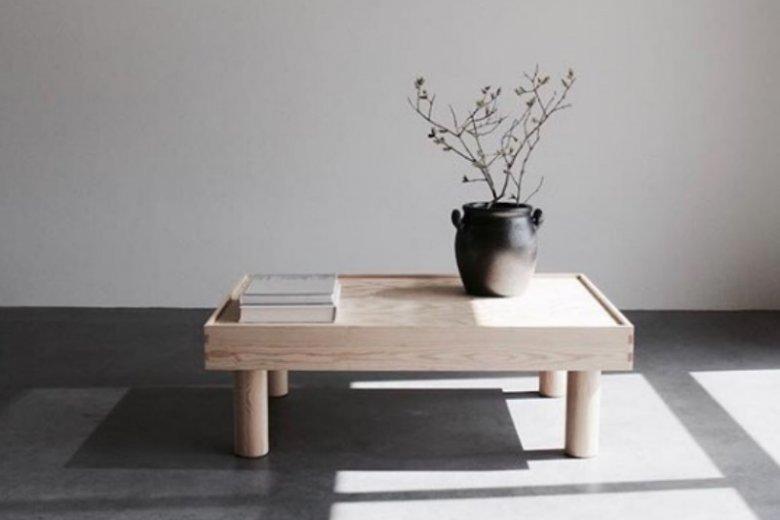 Minimalizm i drewniane dodatki to podstawa w Japandi