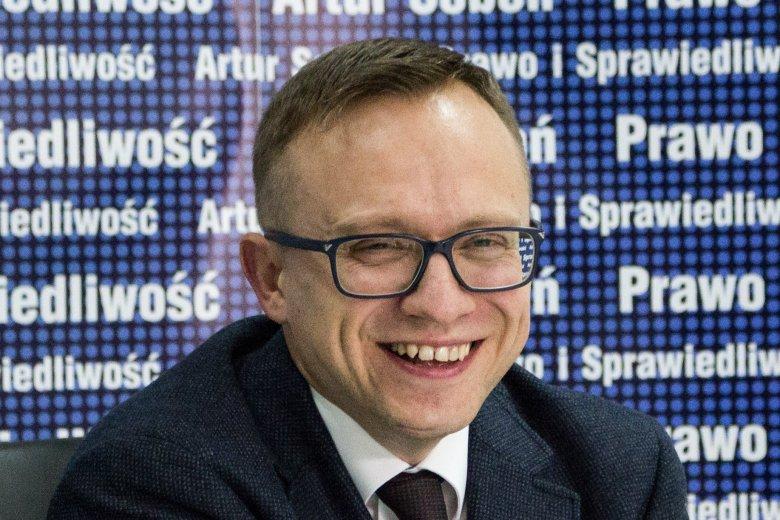 Artur Soboń twierdzi, że single powinni płacić dodatkowy podatek.