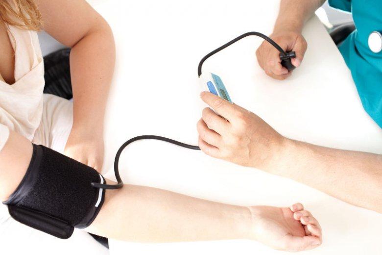 Nigdy nie jest się za młodym, na kontrolowanie ciśnienia tętniczego krwi.