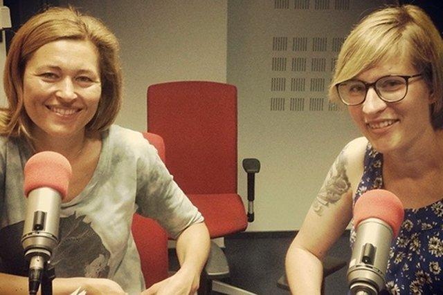 Katarzyna Puzyńska w radiowym studio Beaty Sadowskiej