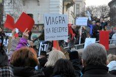 8 marca w około 100 miastach w Polsce odbyły się manifestacje w obronie praw kobiet.