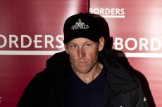 Lance Armstrong został pozwany przez rząd USA za oszukiwanie amerykańskich podatników