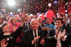 Mamy dokument wskazujący, jak Polskie Radio angażuje się w kampanię wyborczą po stronie PiS. Zdjęcie z wieczoru wyborczego w 2015 r.