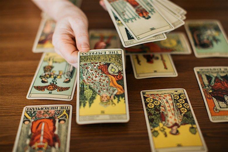 Talia Rider-Waite stworzona w 1910 roku jest obecnie najpopularniejszą talią tarota na świecie