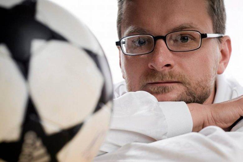 Wojciech Kuczok kocha piłkę nożna ale nie przepada za Legią Warszawa