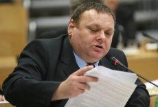 Jerzy Czerwiński podczas sesji opolskiego sejmiku wojewódzkiego