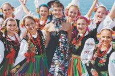 Okładka October Issue Vogue Polska zachwyciła obserwatorów. Zdjęcia wykonała Zuza Krajewska