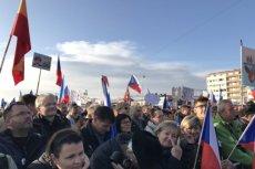 W Pradze wyszło zaprotestować przeciwko polityce rządu co najmniej 200 tysięcy osób.