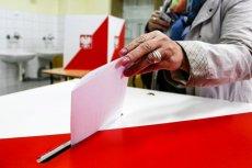 Rada m. st. Warszawy zdecydowała w poniedziałek o rozpisaniu referendum ws. planu rozszerzenia granic stolicy o 33 pobliskie gminy.