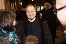 Ojciec Tadeusz Rydzyk mieszka bardzo skromnie w swoim klasztorze w Toruniu.