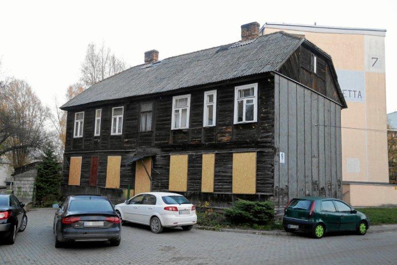 Budynek przy ul. Bohaterów Getta 9 w Białymstoku. Jest pomysł, by w nim powstało muzeum żydowskie, ale okoliczni mieszkańcy są przeciw.