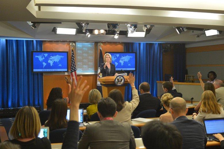 Departament Stanu USA jest zaniepokojony ustawą o IPN, która w nocy została przegłosowana przez Senat.