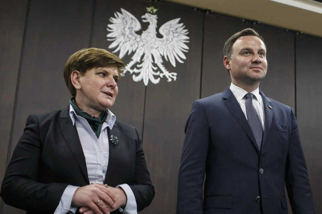 Politycy, rękami których Jarosław Kaczyński kieruje państwem, zbierają coraz lepsze oceny wśród obywateli.