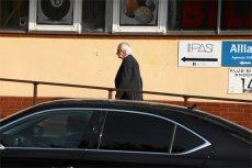 Ryszard Terlecki w drodze na spotkanie na Nowogrodzkiej.