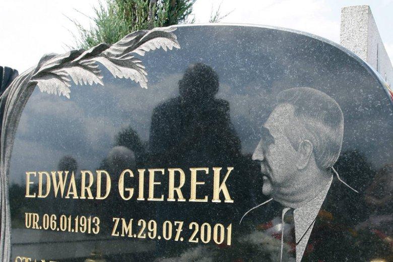 SLD chce, by rok 2013 był rokiem Edwarda Gierka. 6 stycznia przypada setna rocznica jego urodzin. Na zdjęciu nagrobek zmarłego w 2001 roku polityka.
